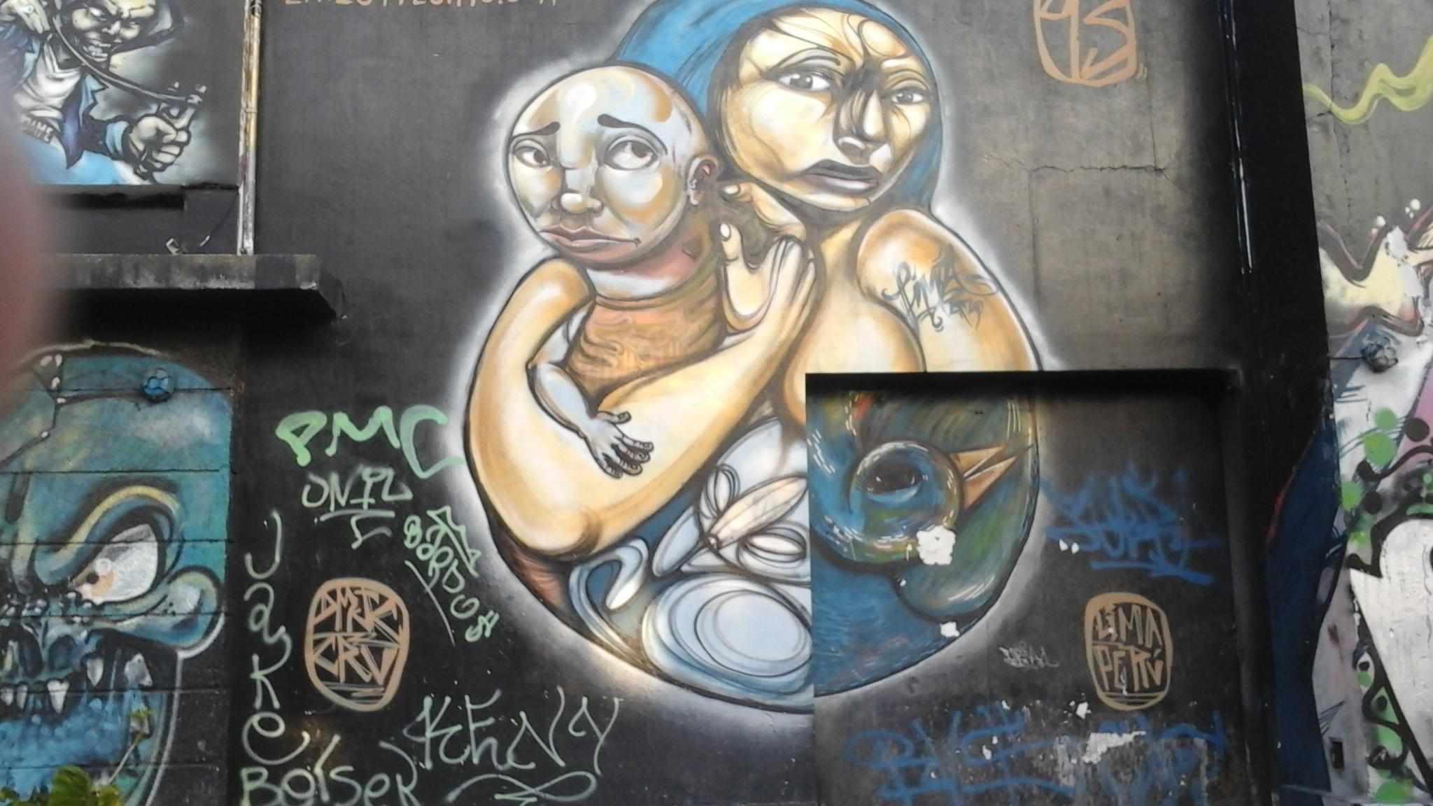 Muralist Jose Maria Clue