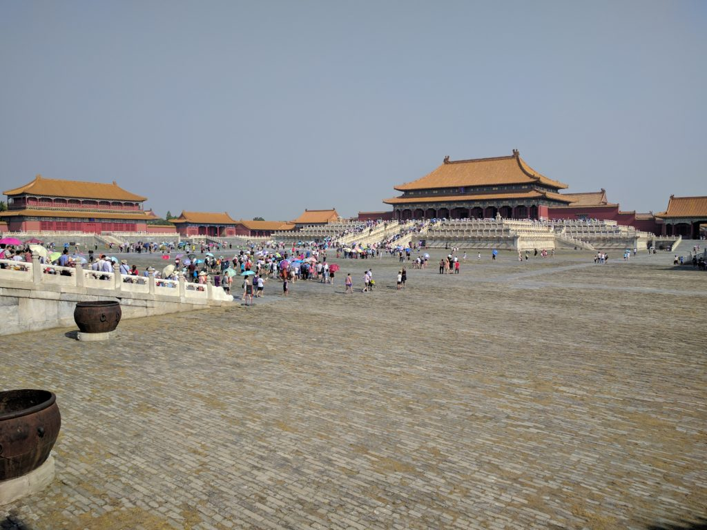 The area between two of the palace's many heavenly gates