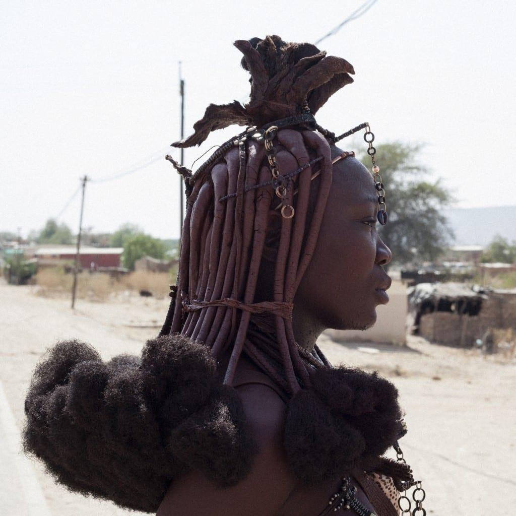 Woman wearing an Ekori (traditional headpiece)