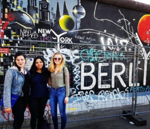 Anna with friends visiting from NYU London at the Berlin Wall.
