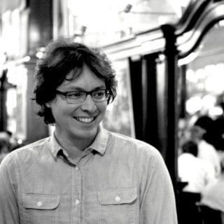 Retrato Carlos Yushimito