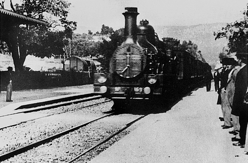 "Lumieres: ""Train Arriving at La Ciotat"""