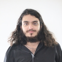 Arash Azizi
